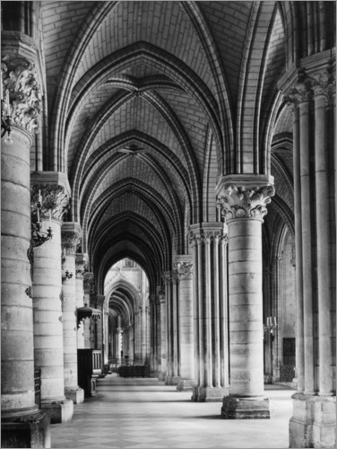 Juliste Interior view of the cathedral Notre Dame