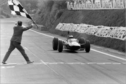 Canvas-taulu  Jim Clark takes the chequered flag, French GP 1965
