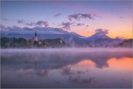 Sisustustarra  Dawn on Lake Bled - André Wandrei