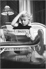 Puutaulu  Marilyn Monroe - Reading newspaper - Celebrity Collection