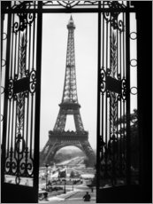 Sisustustarra  Eiffel Tower around 1920