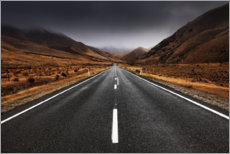 Canvas-taulu  Endless road in the highlands of New Zealand - The Wandering Soul