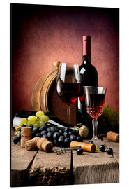 Alumiinitaulu  Red wine with grapes and corks