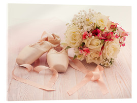 Akryylilasitaulu  Ballet shoes with bouquet
