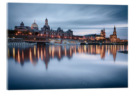 Akryylilasitaulu  Dresden old town at the blue hour - Philipp Dase
