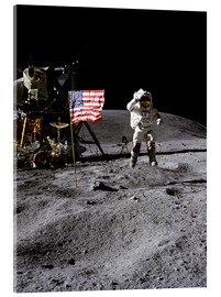 Akryylilasitaulu  Astronaut of the 10th manned mission Apollo 16 on the moon