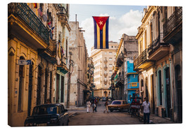 Canvas-taulu  A Cuban flag with holes - Julian Peters