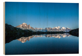 Puutaulu  Mont Blanc reflected in Lacs des Chéserys, France - Roberto Sysa Moiola