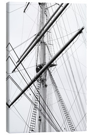 Canvas-taulu  Detail view of a sailboat mast