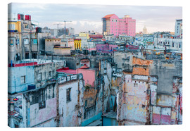 Canvas-taulu  Authentic view of a street of Old Havana