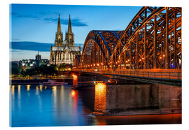 Akryylilasitaulu  Cologne Cathedral and Hohenzollern Bridge at night - Jan Christopher Becke
